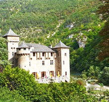 camping gorges du tarn chateau