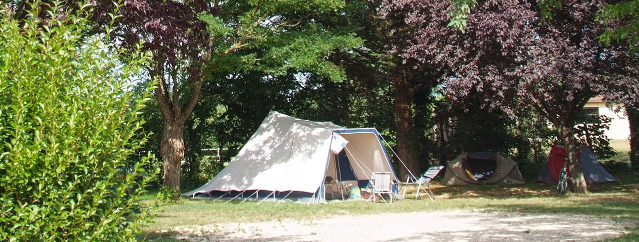 slider pano camping le chateau.jpg