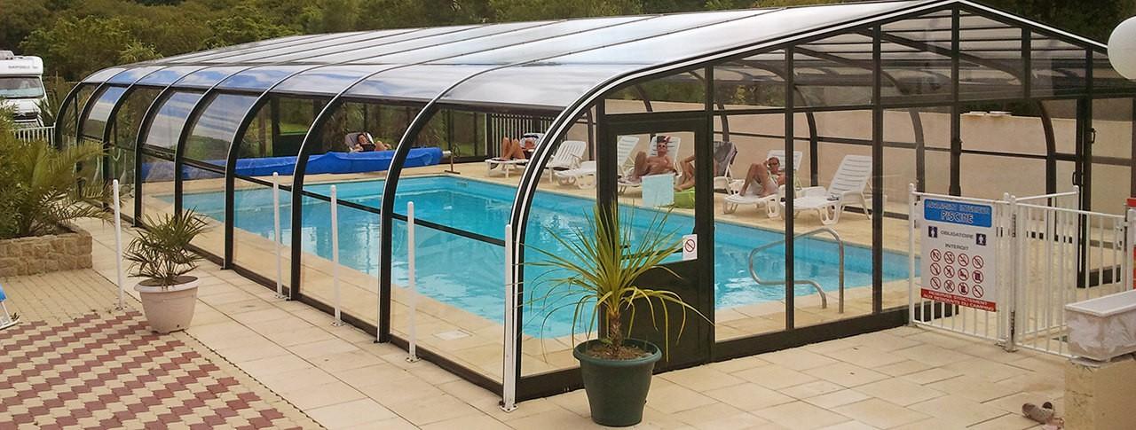 camping Le Mât piscine extérieure couverte
