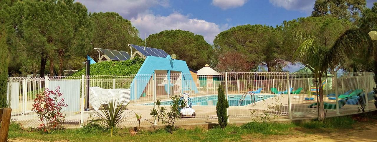 camping Le Mas de Mourgues piscine