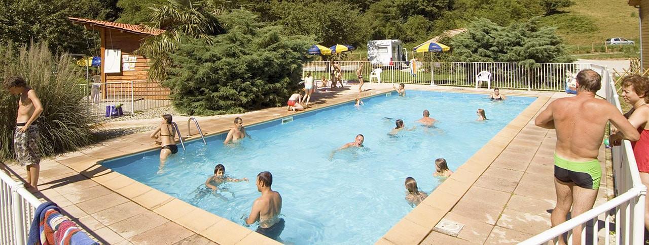 Camping l'Arize avec piscine Ariège