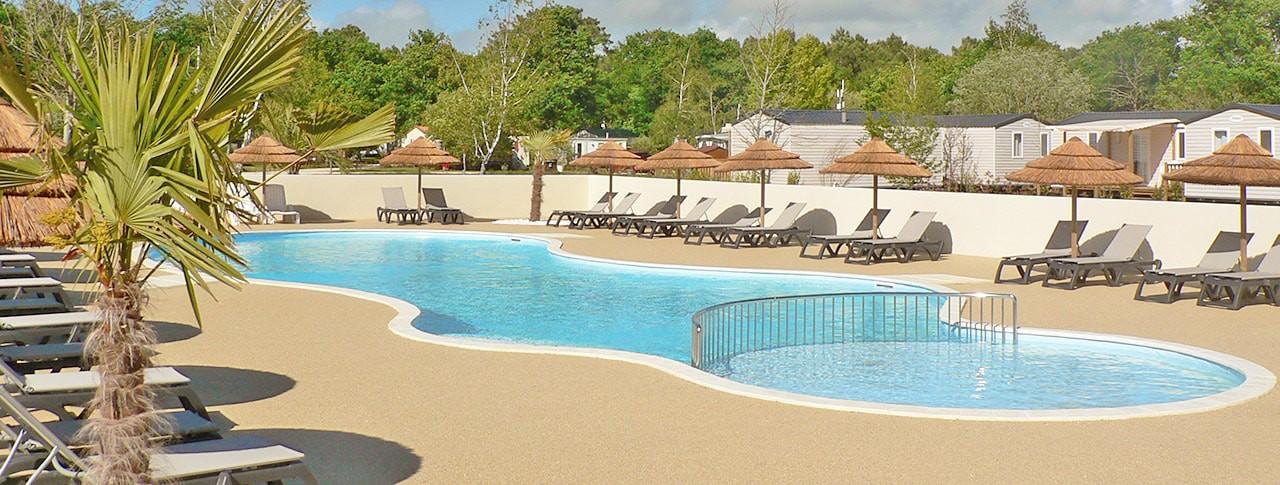 camping Tastesoule piscine extérieure chauffée