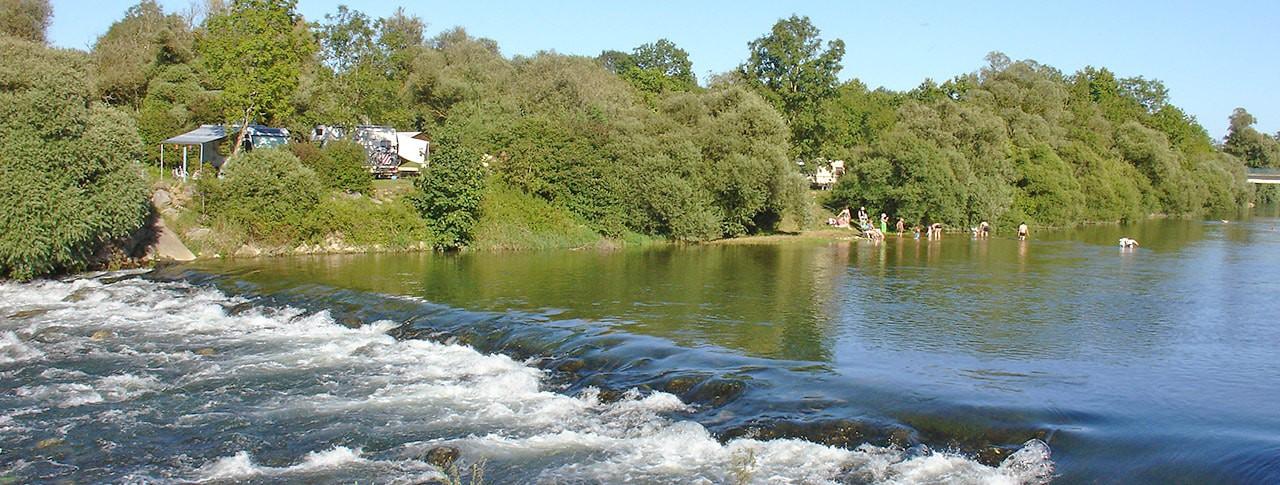 amping Les 3 Ours rivière Jura
