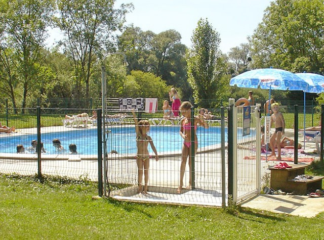 amping Les 3 Ours piscine-2