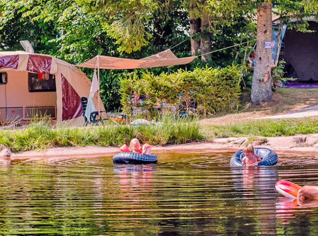 camping-steniole-lac-vosges.jpg-1