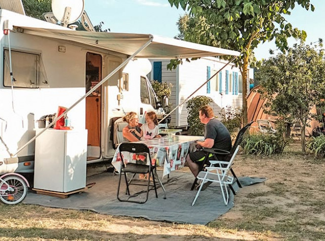 Hello Summer Inn Emplacement Camping Valras Plage-3