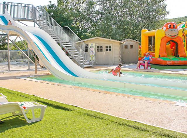 Camping l'Épi Bleu toboggans aquatiques et piscine-2
