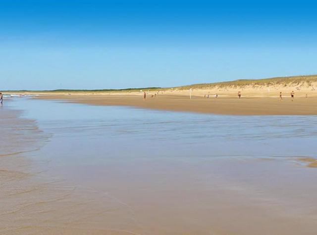 Camping Le Pré des Sables plage L'Aiguillon-sur-mer-3
