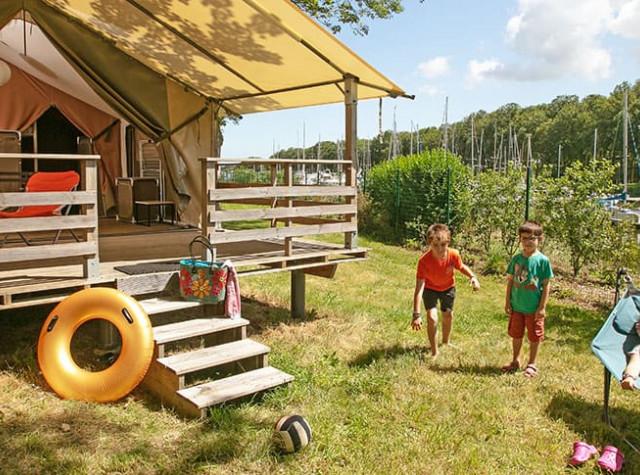 camping-haut-dick-lodge.jpg-3