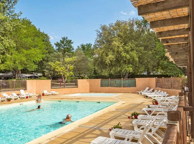 camping-saint-michelet-piscine.jpg-2
