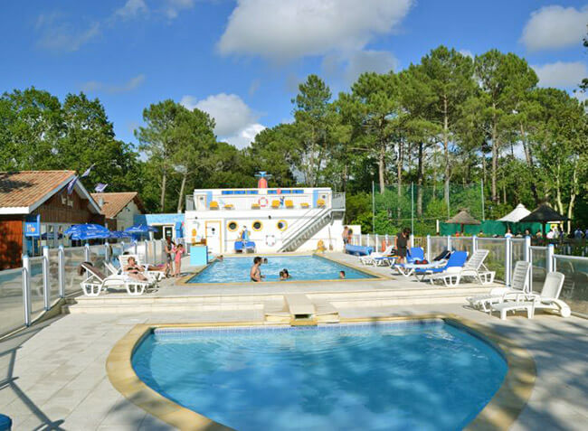 camping La Canadienne piscine-2
